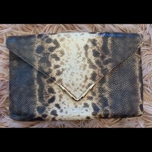 NWT Elaine Turner Clutch